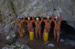 Cave crew returns to Earth