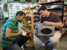Comparing apples and oranges: Purdue handheld technology detects chemicals on store produce