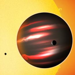 'Darkest' world enlightens astronomers about mysterious light-gobbling planet