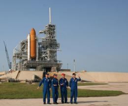 Final shuttle voyagers conduct countdown practice at Florida launch pad