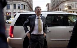 Gates testifies in $1B lawsuit against Microsoft (AP)