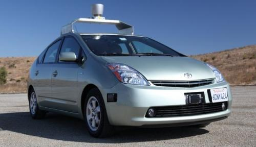 Google looking to make driverless cars legal in Nevada