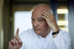 Hospitals reach limits in E.coli crisis (AP)
