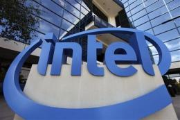 Intel, Qualcomm show changing face of computing (AP)