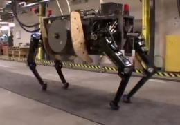 Boston Dynamics unwraps military robot AlphaDog (w/ video)