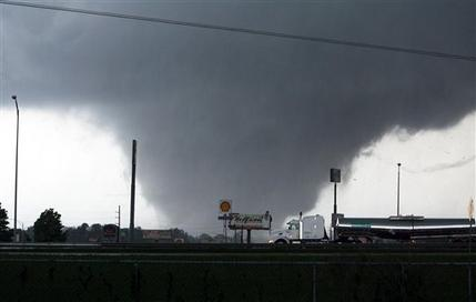 Killer twisters likely among largest, strongest (AP)