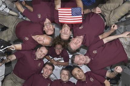 Last space shuttle crew almost done packing up (AP)