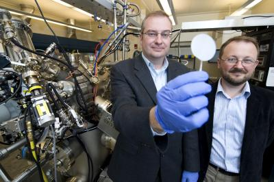 Material created at Purdue lets electrons 'dance' and form new state