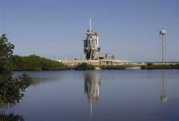 NASA says no shuttle launch until early next week (AP)