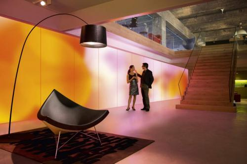Philips shows of glowing wallpaper