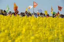 Protesters march towards Germany's Grafenrheinfeld nuclear plant