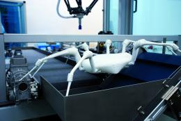 High-tech spider for hazardous missions