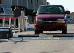 Speed-bump device converts traffic energy to electricity