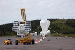 The giant balloon managed to reach an altitude of about 35 kilometres (22 miles)