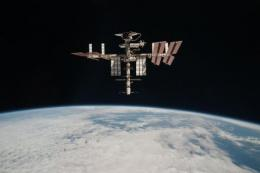 The space ship was taking supplies to the crew on board the International Space Station (ISS), pictured
