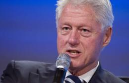 Twenty former heads of state, including former US president Bill Clinton, warned Tuesday of an impending