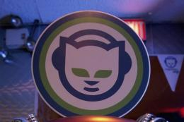 US online music service Rhapsody announced on Monday that it has purchased Napster from electronics retailer Best Buy