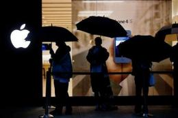 Apple market value hits $600B (AP)