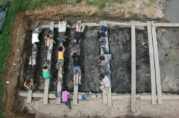 La Draga Neolithic site in Banyoles yields the oldest Neolithic bow discovered in Europe
