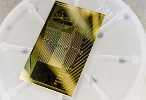 Team demonstrates miniaturized spectrometer-on-a-chip