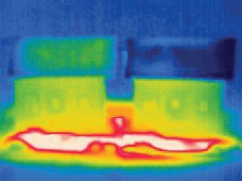 Полимерный «потеющий» мат для охлаждения зданий