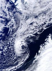 Climate model is first to study climate effects of Arctic hurricanes