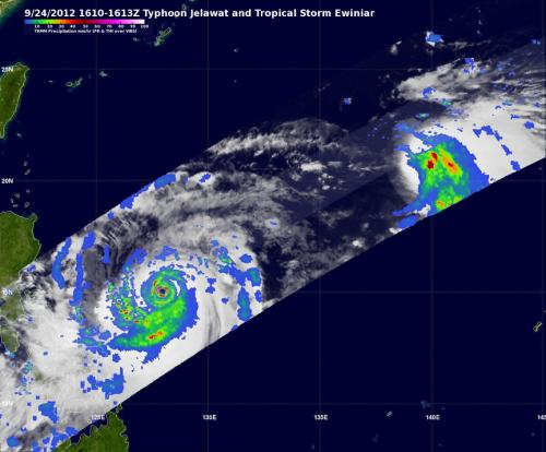 NASA sees very heavy rain in Super Typhoon Jelawat and heavy rain pushed from Ewinar's Center