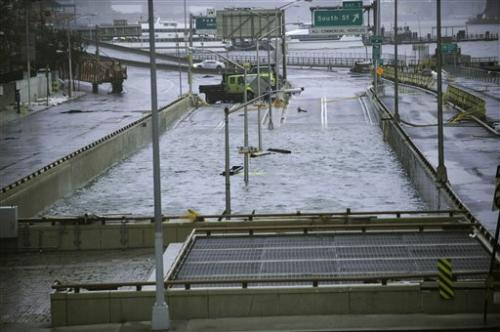 US roads, airports unready for extreme weather