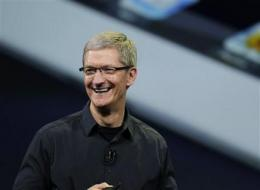 Apple CEO Tim Cook emerges from Steve Jobs' shadow (AP)