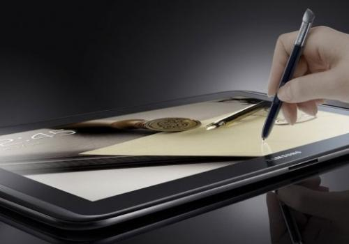 Samsung Electronics has started selling the latest version of its Galaxy Note in Germany and the United Arab Emirates