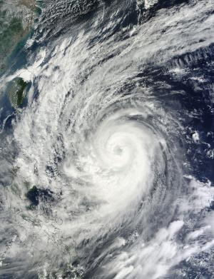 NASA sees Typhoon Prapiroon doing a 'Sit and Spin' in the Philippine Sea