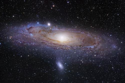 Andromeda wants you: Astronomers ask public to find star clusters in Hubble images