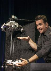 Anxiety over rover's Hollywood-style Mars landing