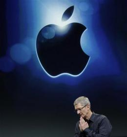 Apple's stock closes above $600 for first time (AP)