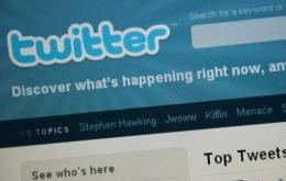 Australian athletes have been warned against using Twitter during competition