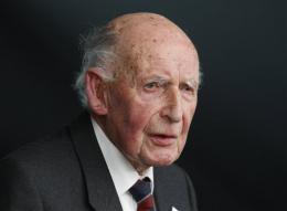 British astronomer Bernard Lovell dies at 98