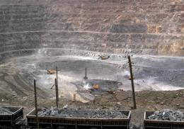 China tightens controls on rare earths production