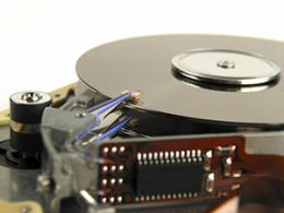 Data storage: How magnetic recording heats up