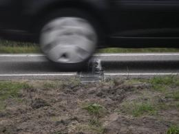 Generating electricity from vibrations in road surface works