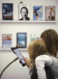 Despite the iPad's interactivity, a child psychiatrist says they remain limited in terms of sensory experience