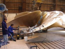 Detecting material defects in ship propellers