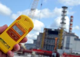 Dosimeter in front of the destroyed Chernobyl Power Plant on the 26th anniversary of Ukraine's nuclear disaster