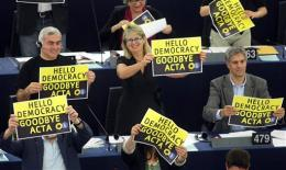 EU Parliament rejects ACTA anti-piracy treaty