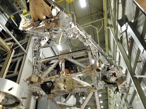 'Giant Erector Set' Supports Webb Telescope Test Component