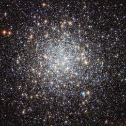 Glittering jewels of Messier 9
