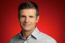 Google completes Motorola deal, heralding new era (AP)