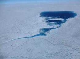 Greenland melting breaks record four weeks before season's end