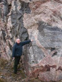 'Heavy Metal, Sex and Granites' - critical role of granite in evolution of life on Earth revealed