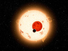 Hobby-Eberly Telescope measures two stars with one orbiting planet