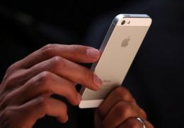 In its semi-annual survey of over 7,700 teens, Piper Jaffray found that 40 percent had an iPhone